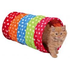 Tunel pentru pisici și pisoi confecționat din lână.